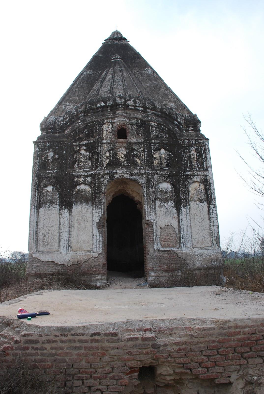 Hindu temple in Beowali, Gujrat, Pakistan